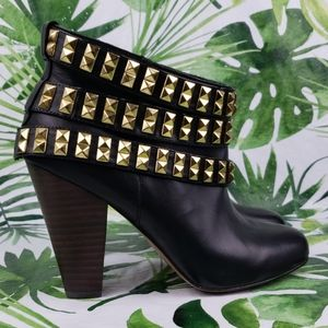Betsy Johnson CAMPER studded ankle booties 8